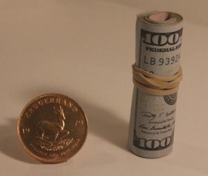 20-gold-vs-roll-of-bills